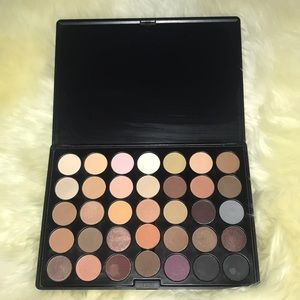 Other - Like New Crown 35-Shadow Palette